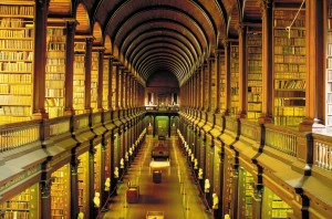 Trinity-College-Library-Dublin-1024x675